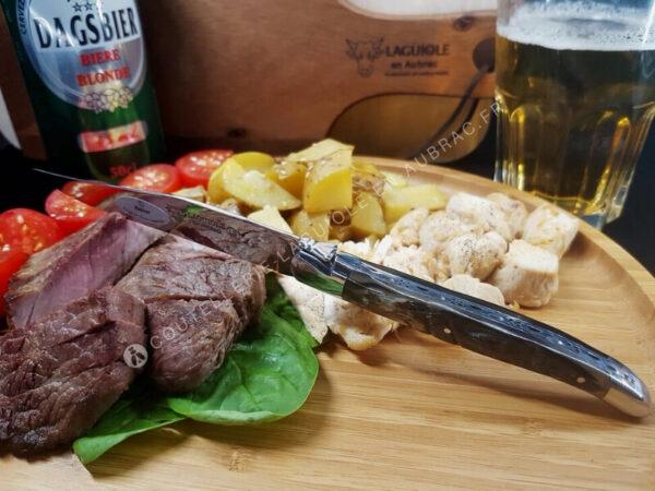 couteau à steak laguiole en aubrac corne de bélier