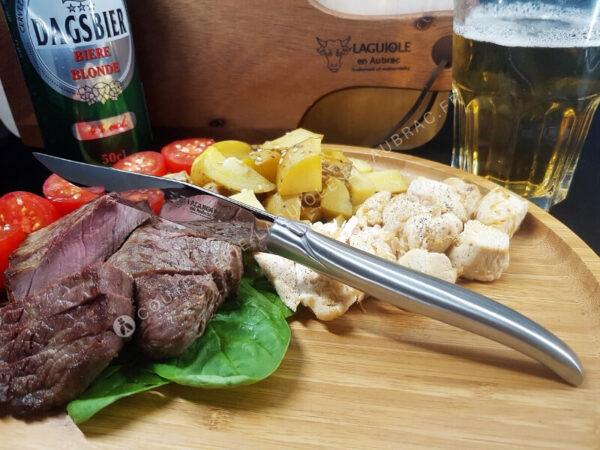 couteaux de table laguiole en aubrac inox satiné